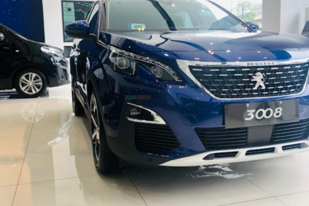 PEUGEOT 3008 -  Magnetic Blue.